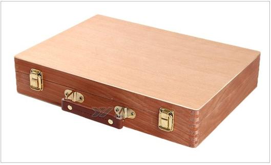 caja de de madera para la pintura