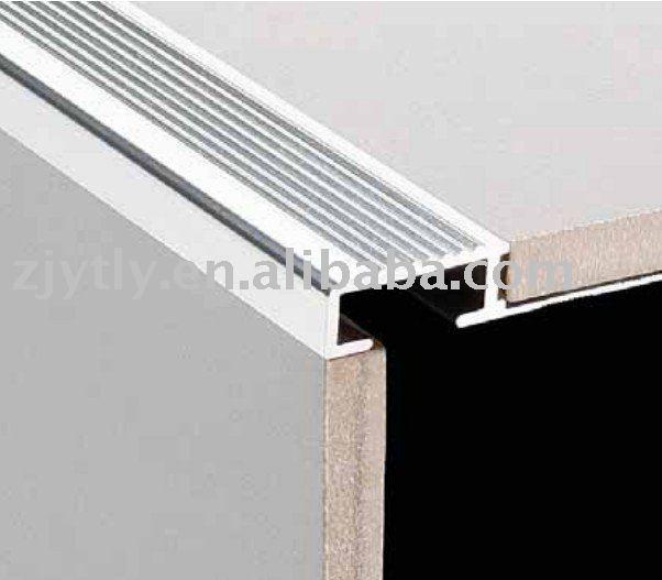 Aluminum trim strip