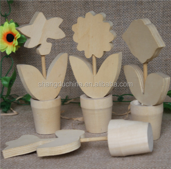 Shandong small decorative art mind wood flower vase wood craving craft