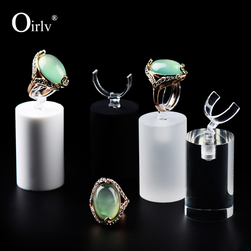 Oirlv Manufacture Customize Organic Glass Jewelry Ring Holder with Clip for Shop Counter Exquisite Acrylic Rings Display Stand