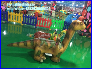 Coin Operated Animatronics walking dinosaur puppet
