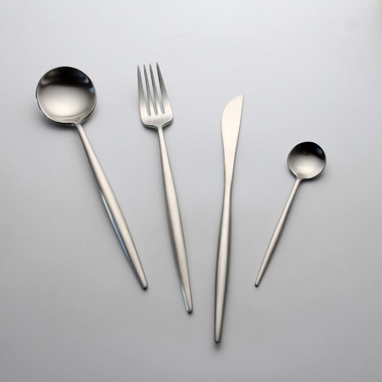 Bulk silver rounded edge stainless steel cutlery included dinner spoon fork knife dessert spoon and fork