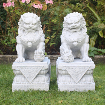 Chinese Fu Dog Gaurdian Loin Statue Sculpture Hand Carved Marble Stone Lion  Statue Sculpture For Garden