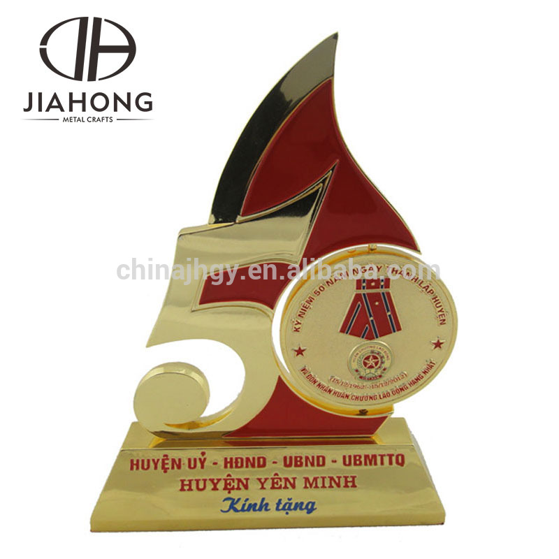 customized classic red fire 3d 50 years gold metal trophy cup