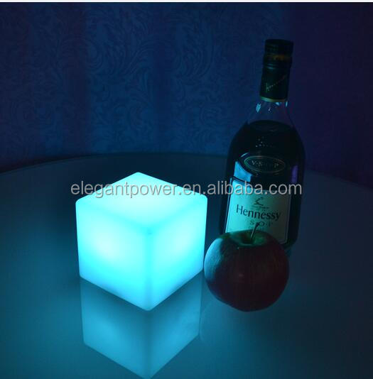Vente Chaude Petit Moderne En Plastique éclairage LED Du0027extérieur Cubes
