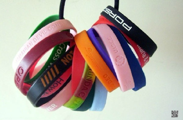 China Alibaba supplier offer super thin silicone wrist bands wholesale with multi-colors