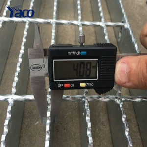Hot dip galvanized drain rainwater drainage channel covering floor steel grating price