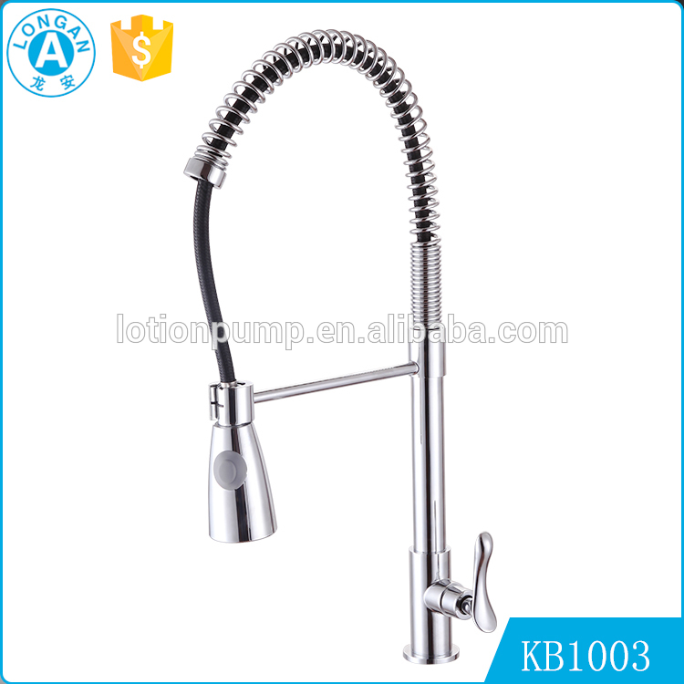 Superior Apartment Single lever Pull down sprayer upc kitchen faucet