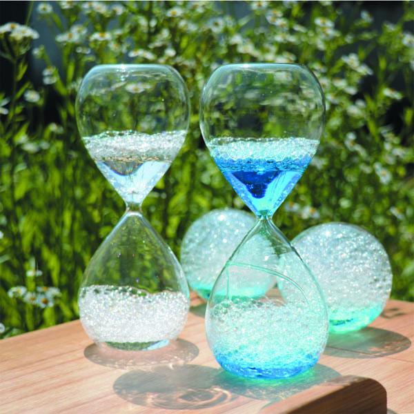 Blauwe bubbel vloeibare zandloper voor huisdecoratie glas en kristallen vazen product id - Afbeelding van huisdecoratie ...