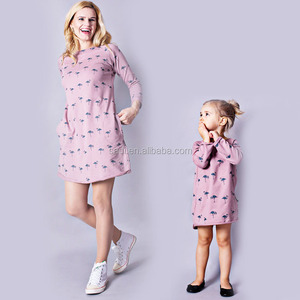 Hot selling mother and daughter printed flamingo long sleeve family overknee dress with pocket