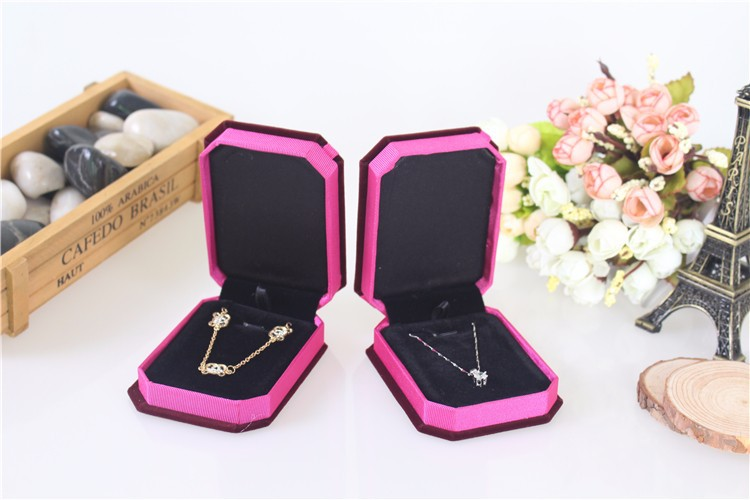 2015 Hot Sale High Quality 6pcs/lot 10*7.5*3.5cm Large Octagonal Pendant Jewelry Packaging Box Velvet Necklace Display Gift Box