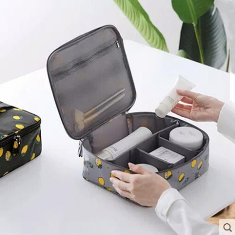 Ginzeal Wholesale Girl Cosmetic Popular Travel Middle Toiletry Bag