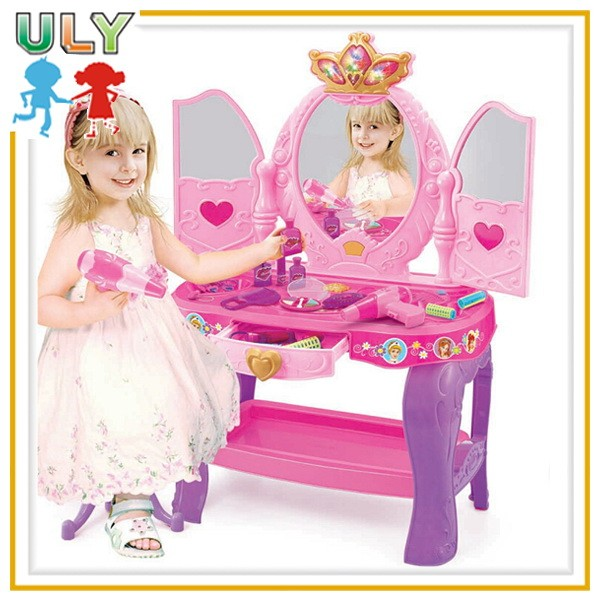 Hot Selling Fashion Girls Makeup Play Dressing Table Beauty Set Toys