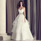 Built-in Bra and Lace up Wedding Dress for Bride Use