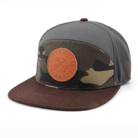 Wholesale Fashionable Camo 6 Panel Snapback,Custom Made leather patch Snapback
