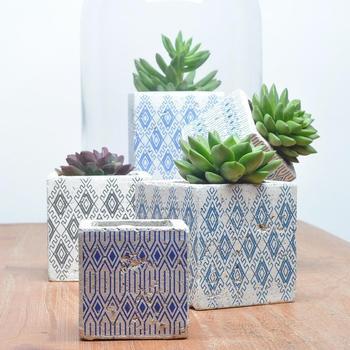 Low MOQ customized shape succulent pots office decor cement flower pot making & Low Moq Customized Shape Succulent Pots Office Decor Cement Flower ...
