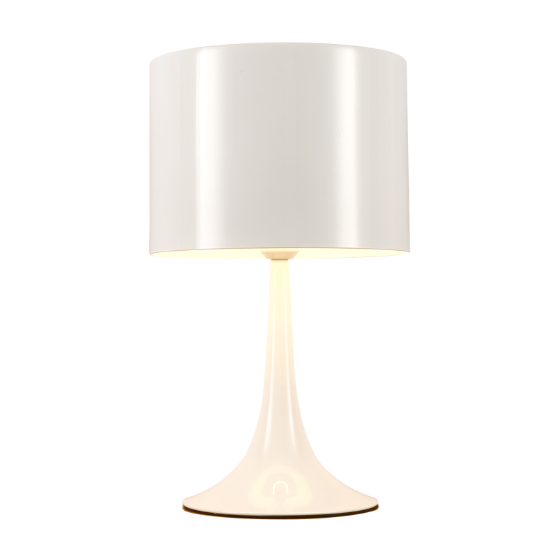 Vintage Modern Simple Type Electric Desk Light Manicure Living Room Table Lamp with Aluminum Body for European Buyer