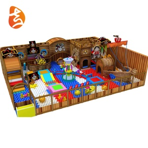 Children play ground wood indoor playground equipment for restaurants, interesting pirate ship play games amusement park