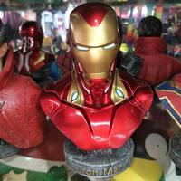 Custom 1/4 Marvel Figure Iron-Man Resin Bust Figures Sculpture