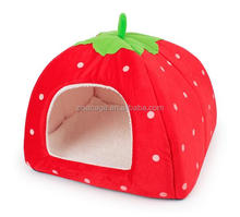 Pretty strawberry style small dogs kennels cat kennel
