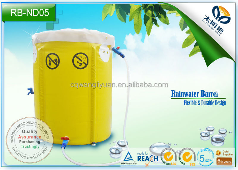 Compressible mini rain water barrel
