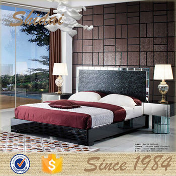 Modern latest high back designer bed modern black for Double bed new design