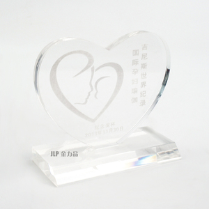 Manufacturing cheap acrylic trophy for wholesale