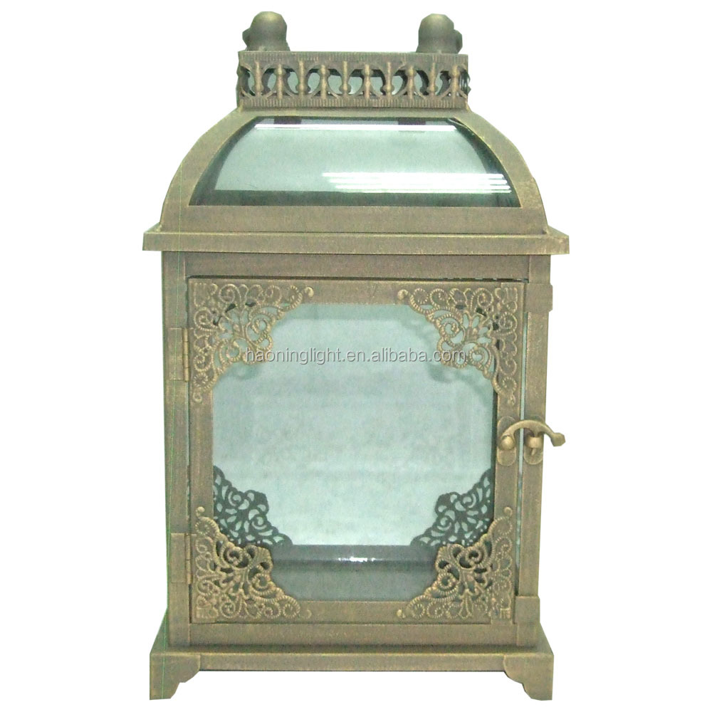 Outdoor metal glass candle lantern mini Garden Lantern home decorative lantern