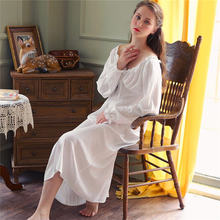 Длинная белая хлопковая сексуальная ночная рубашка с v-образным вырезом, домашняя одежда, винтажная ночная рубашка принцессы, пижама 2020, жен...(Китай)