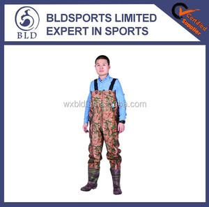 100% waterproof and high quality fishing pvc camo waders