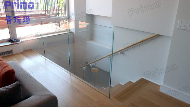 High Grade Balcony Glass Railing System With Aluminum Channel Base ...