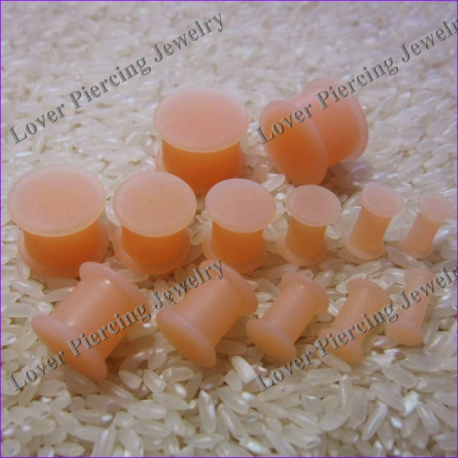 [SI-S106] New Popular Design Saddle Plugs Silicone Skin Color Ear Tunnel Piercing