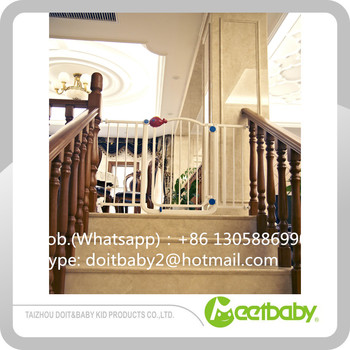 Baby Safety Door Gate Easy Step Walk Thru Gate Easy Close Extra Tall