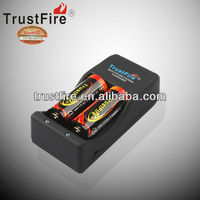 Trustfire TR-006 wall charger 4.2V cheap car battery charger 1000Mah battery charger AU,EU,UK,USA plug