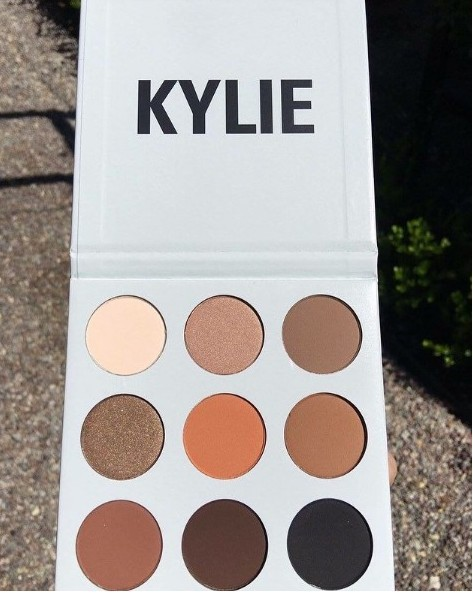 Cosmetics Wholesale Kylie Cosmetics Kylie Jenner eyeshadow makeup palette