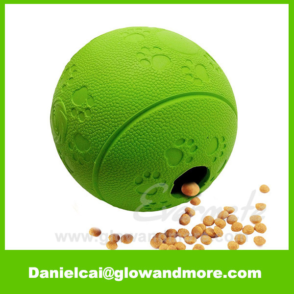 New style Eco-friendly rubber dog treat ball