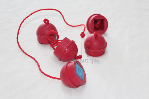 High Quality Red Rubber Billiards Chalk Holder