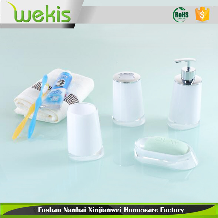 2017 New Toothbrush Holder Soap Dish Bottle Bathroom Accessories Sets for Hotel