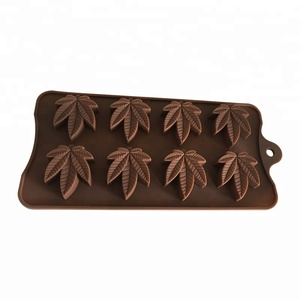 Fun Silicone Leaf shape Chocolate Molds, Silicone Chocolate Molds Silicone Gummy Candy Mold with dropper