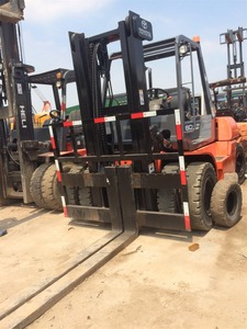 Front Double Tire 6 Ton FD60 Used Toyota Forklift Located in Shanghai  Forklift Yard With Cheap Price