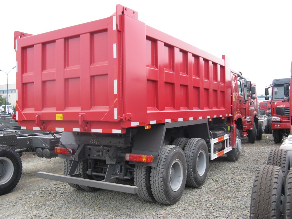 China Sinotruck HOWO 10 Ton 6 Wheel 4X4 Mini Dump Truck