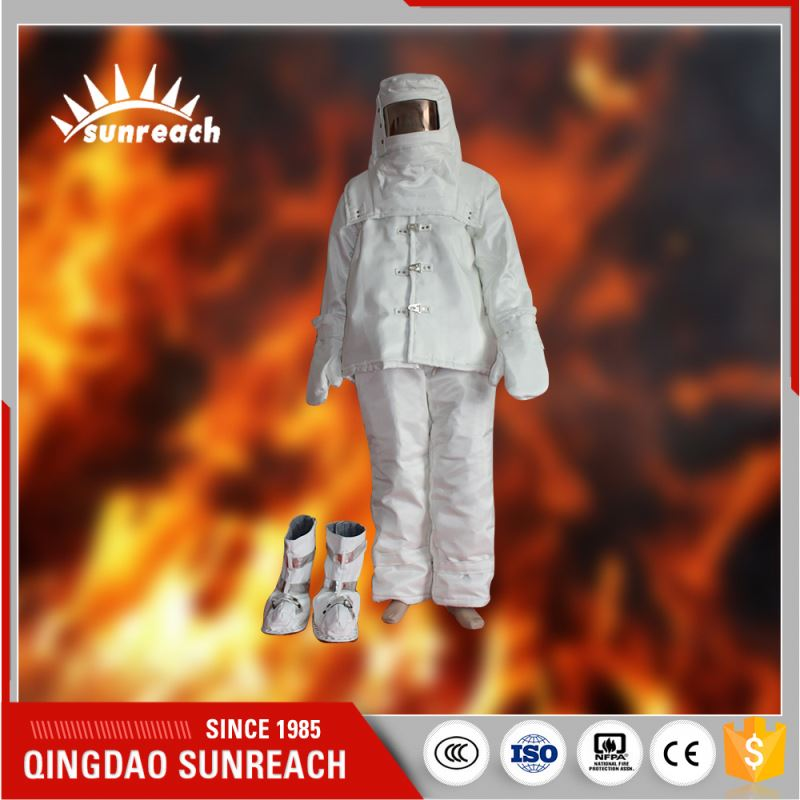 From China New Product Ce Standards Fireproof Fire Entry Suit
