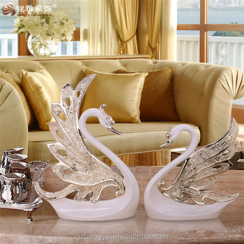 Romantic High End Show Pieces Wedding Table Decoration Good Willing Resin  Swan Craft Figure High
