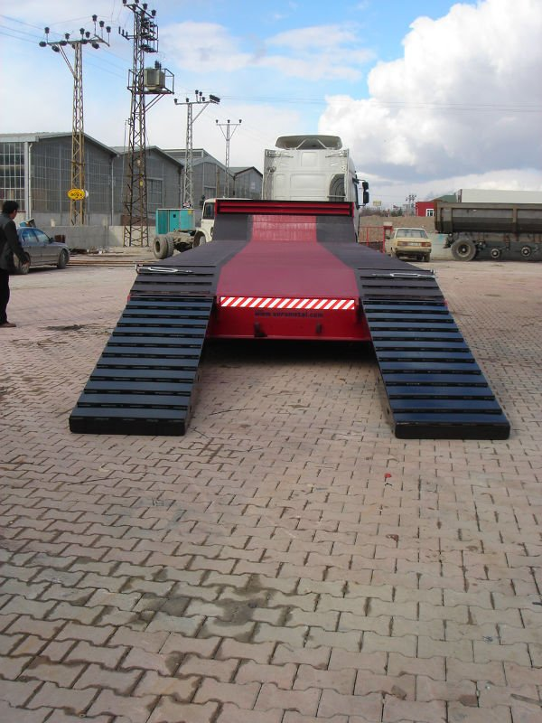 5 axles lowbed , lowboy trailer