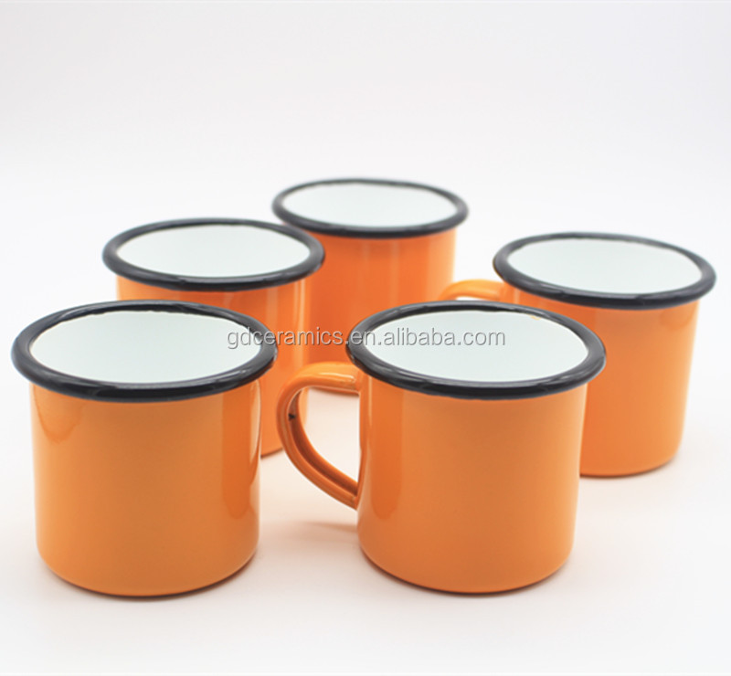12oz enamelled tin cup in <strong>orange</strong>