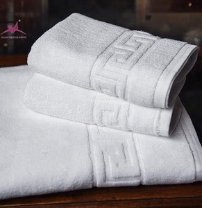 Alibaba China market 100% cotton hotel customized jacquard towel set