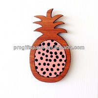 Hot new product best selling for 2018 eco friendly fashion Wood and Paper Laser Cut Brooch made in China