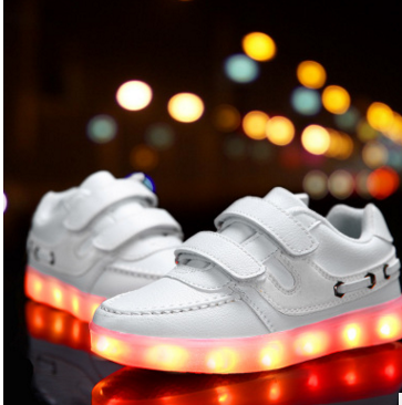 2017 kids LED lights USB colorful rechargeable low top shoes Cool casual shoes for boys girls