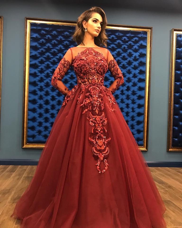02b93aa8e03 New Arrival 2018 Vintage Lace Evening Wear Long Gowns Ladies Formal Dresses