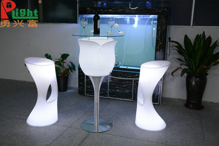 Famous western style led furnirure bar table and chairs